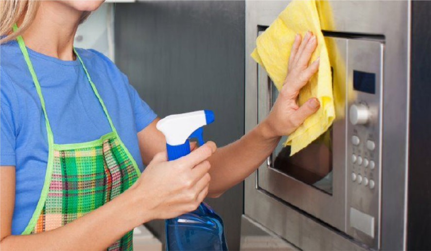 Aprenda a limpiar su microondas